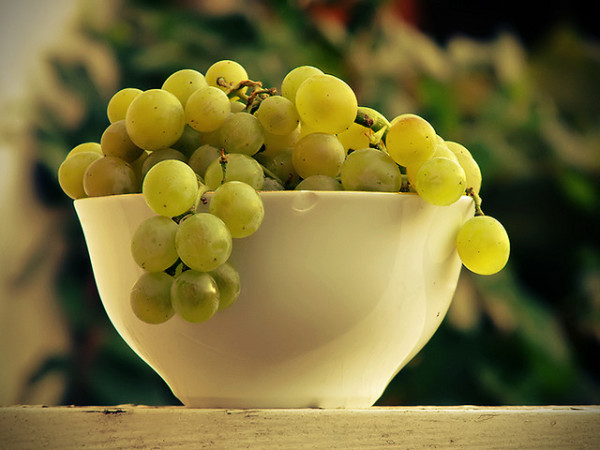 greek-fruit-grape